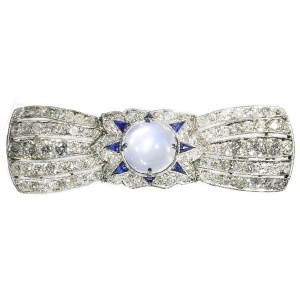 Belle Epoque Art Deco diamond sapphire moonstone platinum brooch